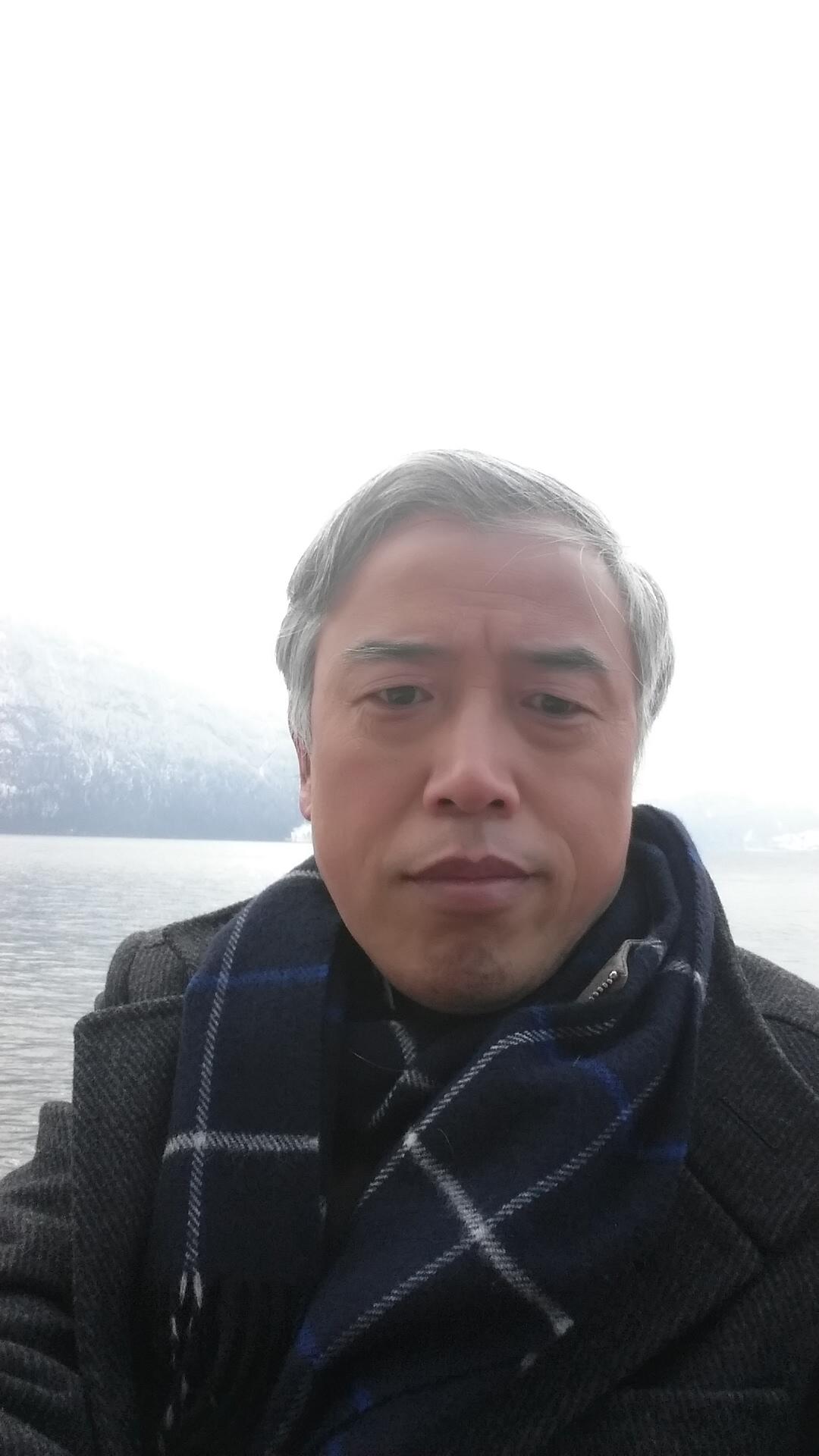 中南大学唐有根:祝中国电池行业狗年祥瑞 吉星高照!