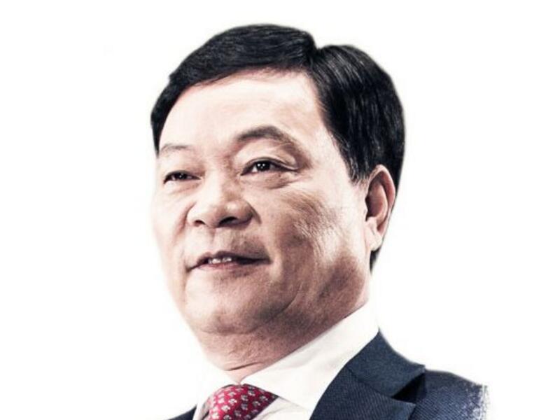 郑永刚:从中国服装龙头品牌到新能源领军者 老兵转型在路上