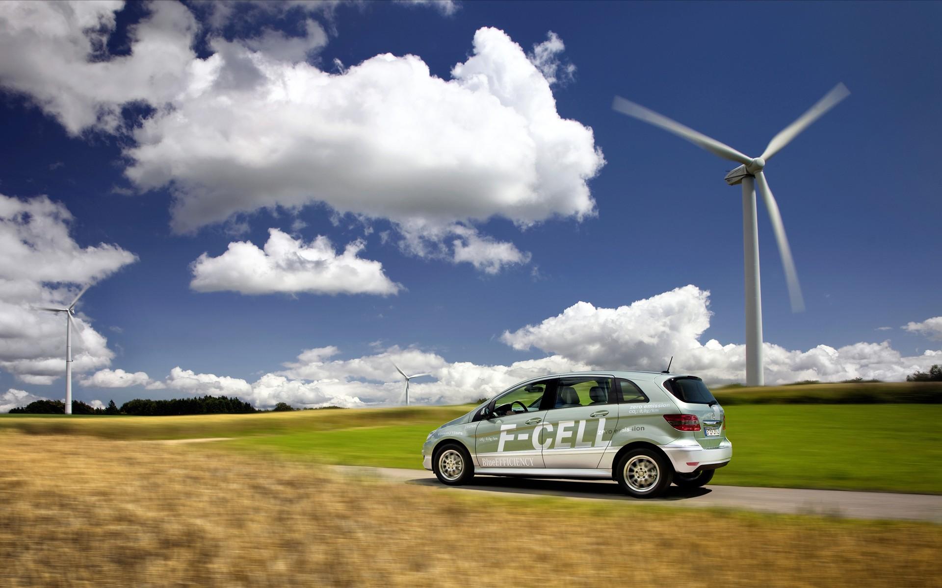 """2030年目标百万辆 氢燃料电池汽车大规模""""上路""""还差啥"""