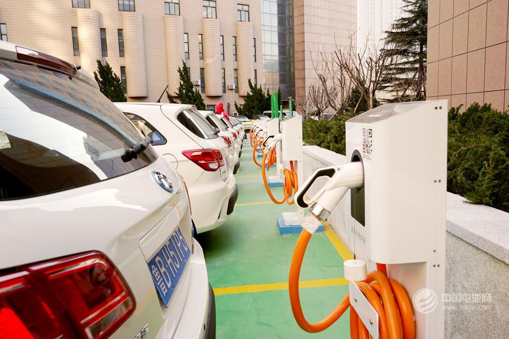 中国充电:2018年9月公共类充电桩28.5万台