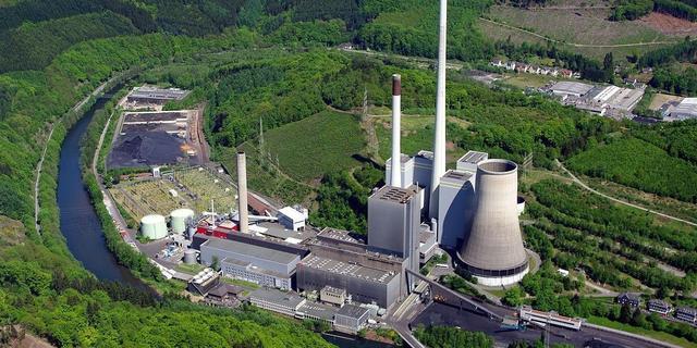 借助电动汽车电池组 奔驰将煤电厂改为储能设施