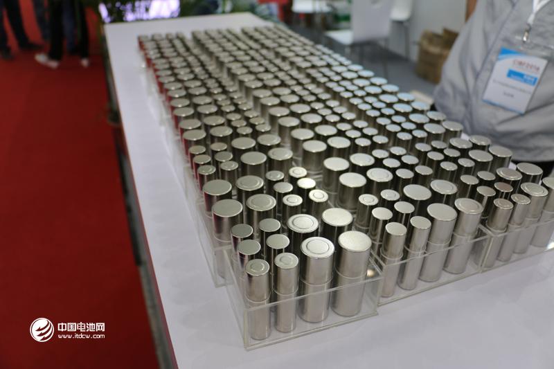 寿命一般3到5年  一块报废动力电池的重生之旅