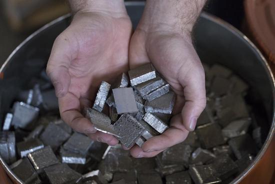 无钴电池让成本更加便宜 却让回收变得更不划算