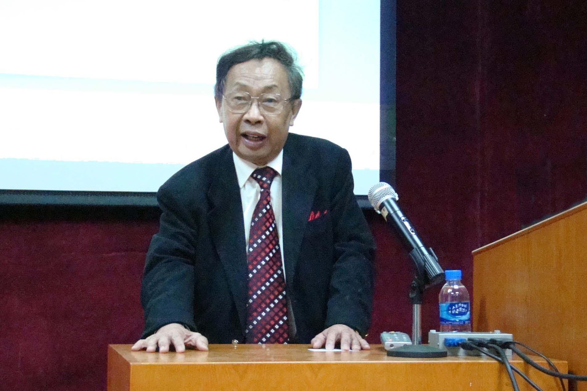陈清泉:新能源汽车的环保性不容置疑  且意义远不至于此