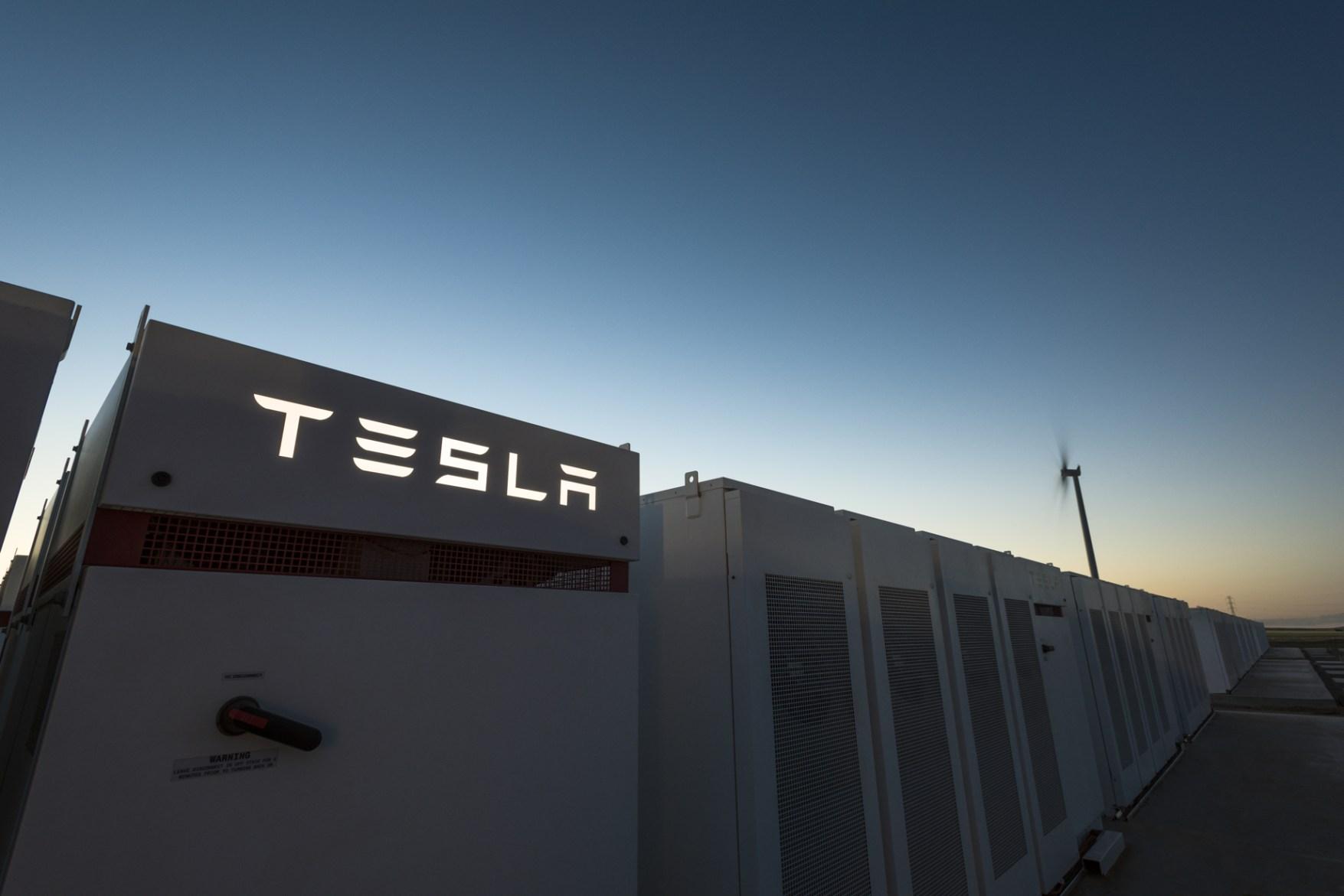 特斯拉入华逐鹿新能源市场 对国内厂商是挑战还是机遇?