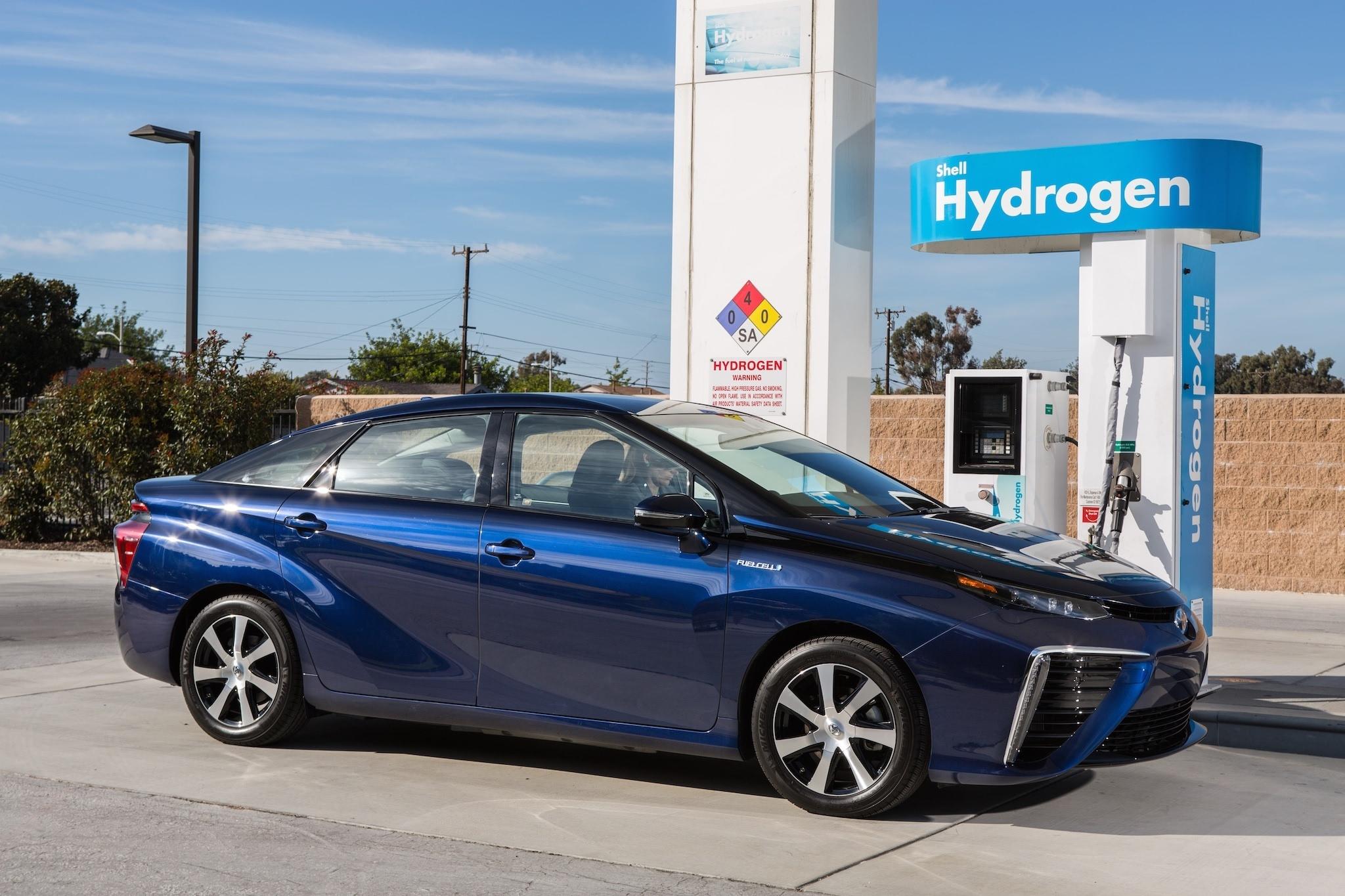 一半海水一半火焰 氢燃料电池乘用车几多欢喜几多愁