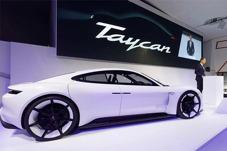传统欧洲车厂发力纯电动汽车 合力围剿特斯拉