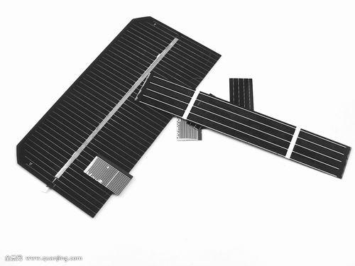 """中国南开大学造出新型""""高能电池"""":晒太阳就""""来电"""""""