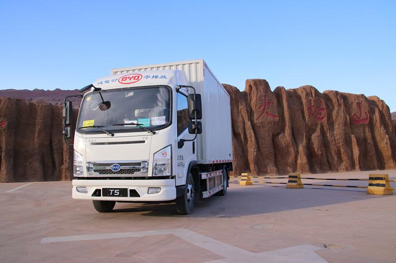 真金不怕火炼 比亚迪T5A纯电动卡车挑战吐鲁番高温测试