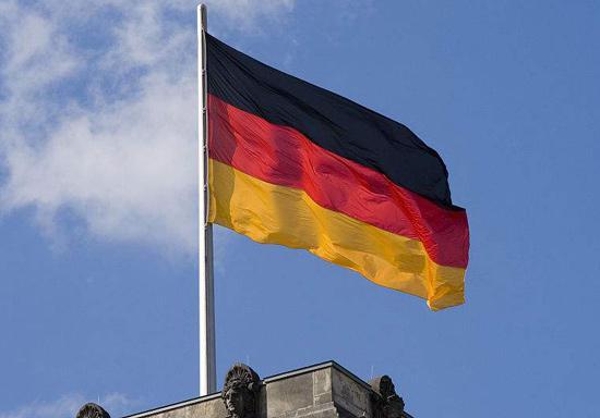 为与亚洲抗衡  德国投入10亿欧元支持电动车电池企业