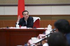 李克强:抓紧解决政府部门和国有企业拖欠民营企业账款问题