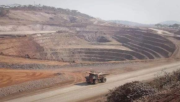 钴价接近中期底部区域 未来两年将在25-40万元/吨区间震荡