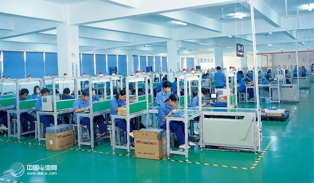 鹏辉能源:溢价52%回购股份 电池装机量跻身行业前十再出发