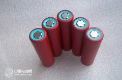 加拿大化学家发现硅纳米粒子可使锂电池蓄电能力提高10倍