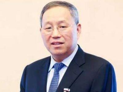 """小康集团张兴海:特斯拉降价""""自损八百"""" 激发国内新能源企业潜力"""