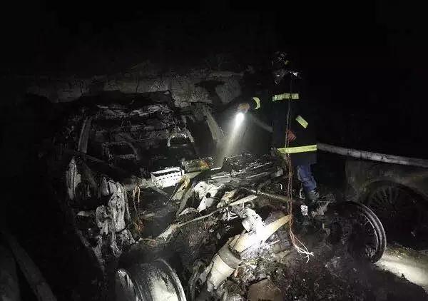 """电池专家谈上海特斯拉自燃事故:很可能是""""超充""""引起"""