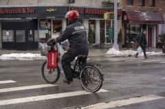 纽约将严厉打击电动自行车违规行为 斥资超4亿元改善自行车安全