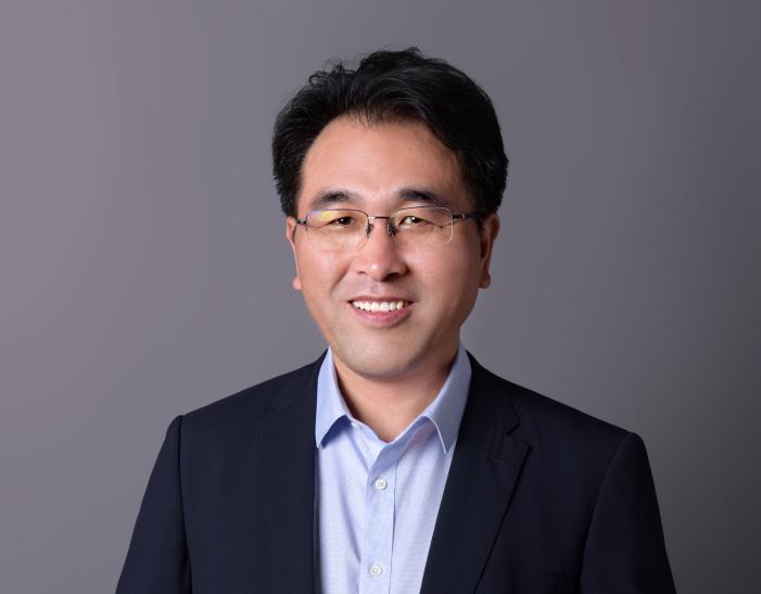 王瑞庆:从教师转身企业家 带领天力锂能转战科创板