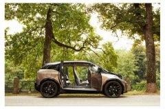 福布斯分析:为什么电动汽车革命需要与传统观点正面交锋