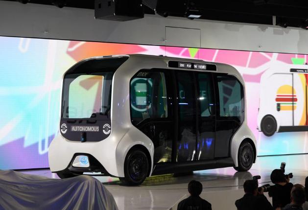 """忍不住""""秀肌肉:  日本丰田搭载固态电池车型2020年亮相"""