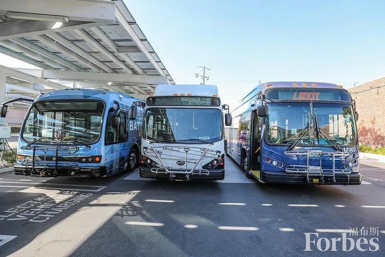 洛杉矶计划在2028年奥运会前大幅增加电动车辆使用 削减碳排放