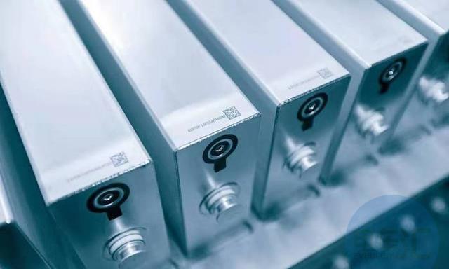 CTP、刀片电池、蜂窝电池:三种电池技术PK,谁会胜出?