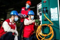 北京再添大型新能源车充电站:200个充电桩单日约可服务1300车次充电
