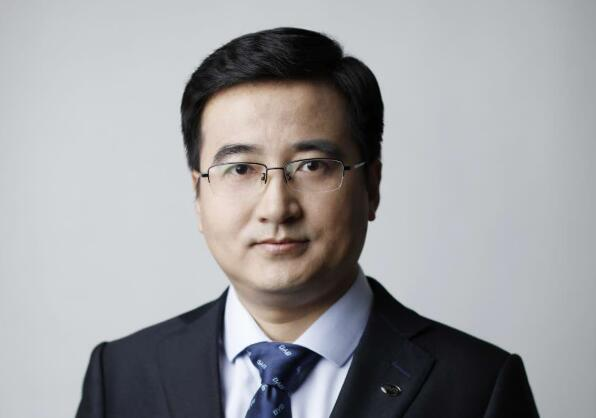 李云飞:彰显中国汽车与ballbet贝博登陆品牌向上力量 推动比亚迪焕新出发