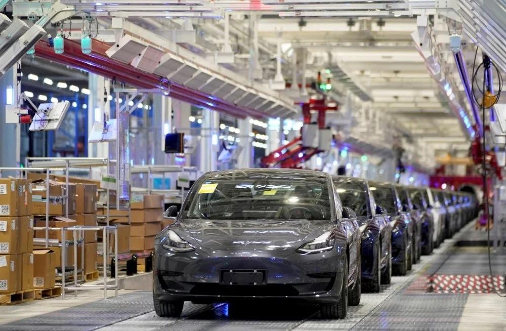 消息称特斯拉将推出磷酸铁锂ballbet贝博登陆的国产Model 3