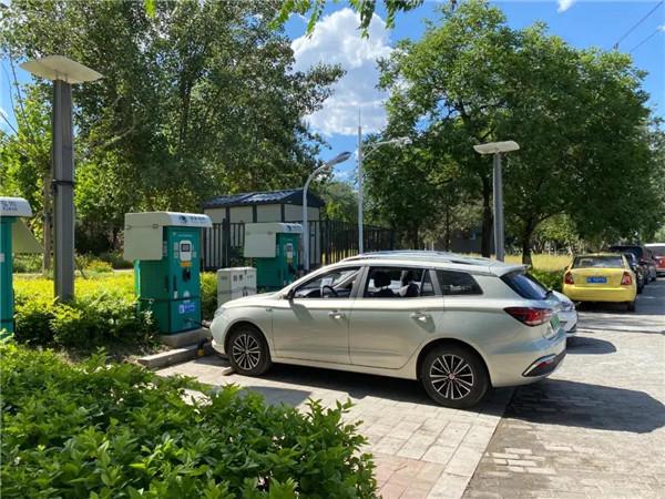 从政策鼓励快充  看新能源车充电桩快慢之争