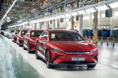 累计订单超4万台!比亚迪高端新能源车型汉EV第2万辆新车下线