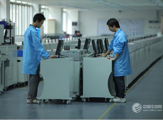 行业景气度提升  锂电池设备企业深度绑定动力电池龙头