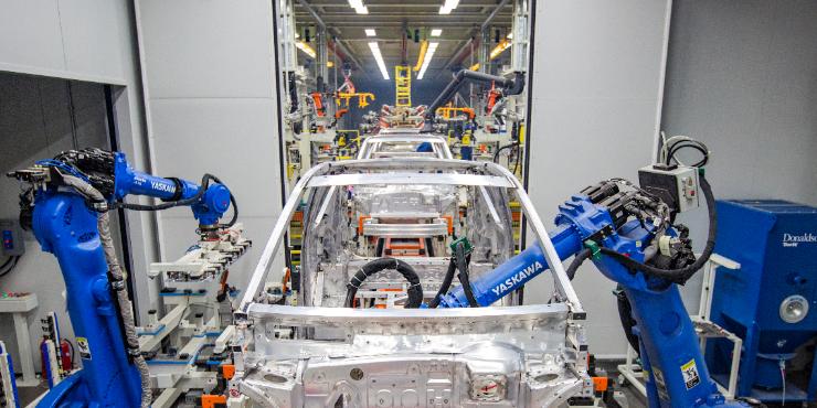 2020年我国新能源汽车产销均超136万辆 动力电池装车量63.6GWh