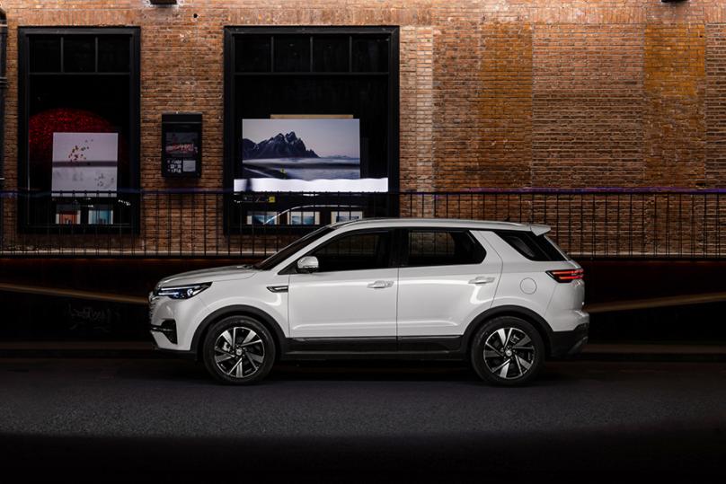 长安汽车:阿维塔科技拟引入2到5家投资者 加码新能源汽车业务