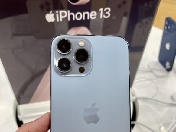 创下苹果最长等待期  iPhone13系列缘何如此缺货?