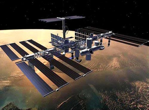 最新研制3D纹理太阳能电池 明年在空间站测试