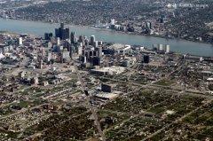 底特律宣布申请破产 为美国最大城市破产案