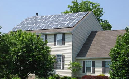 <b>日本大型太阳能需求失宠 住宅太阳能引领潮流</b>
