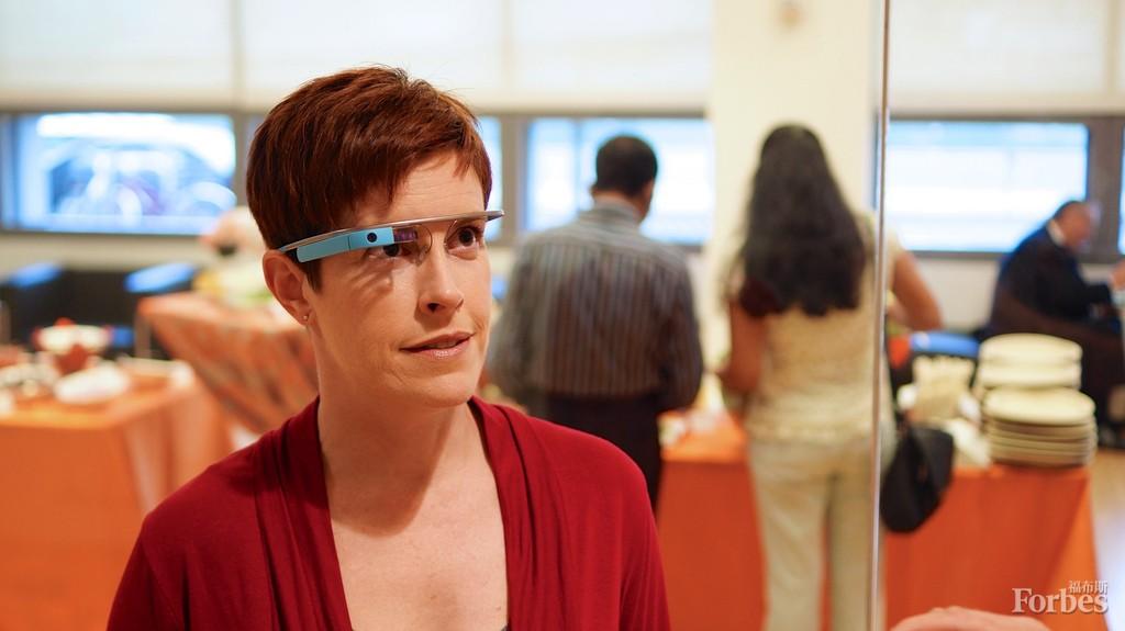 谷歌眼镜15日启动促销 可穿戴设备或再热