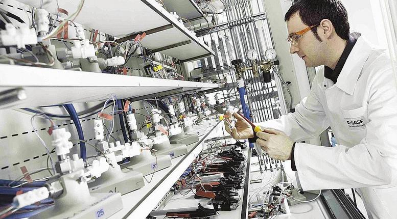 巴斯夫宣布商用磷酸铁锂正极材料在德国投产