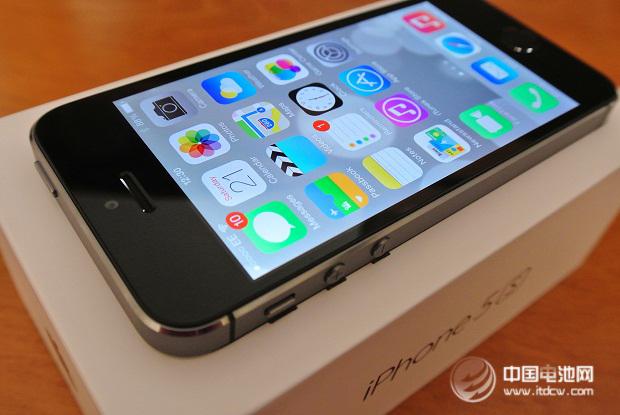 富士康接到5.5英寸苹果iPhone订单 和硕为4.7英寸图片