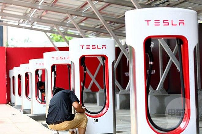 松下称与特斯拉合作将刺激欧洲市场锂电池需求