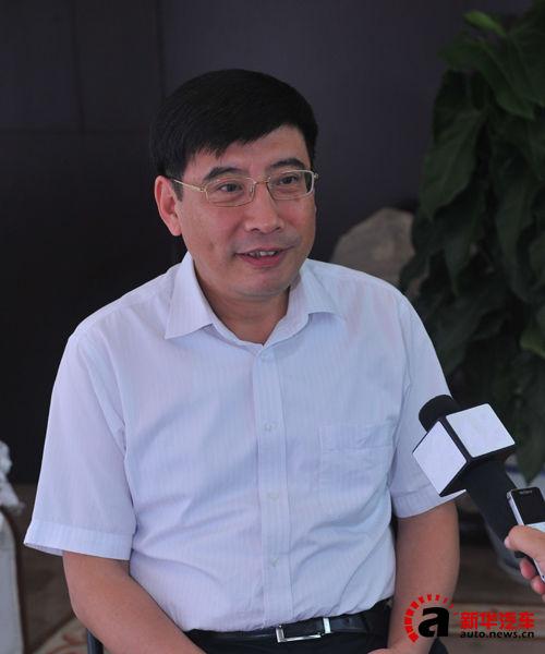 工信部苗圩:新能源汽车产业将迈入成长期
