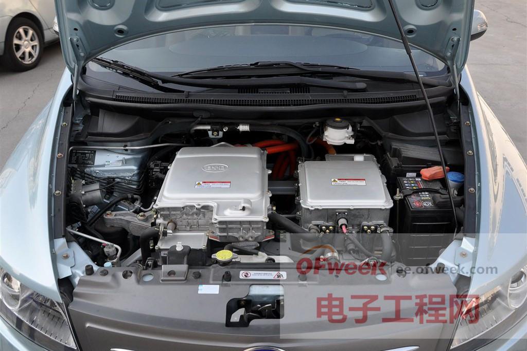 比亚迪电动车电池pk特斯拉电动车电池 谁好 下高清图片