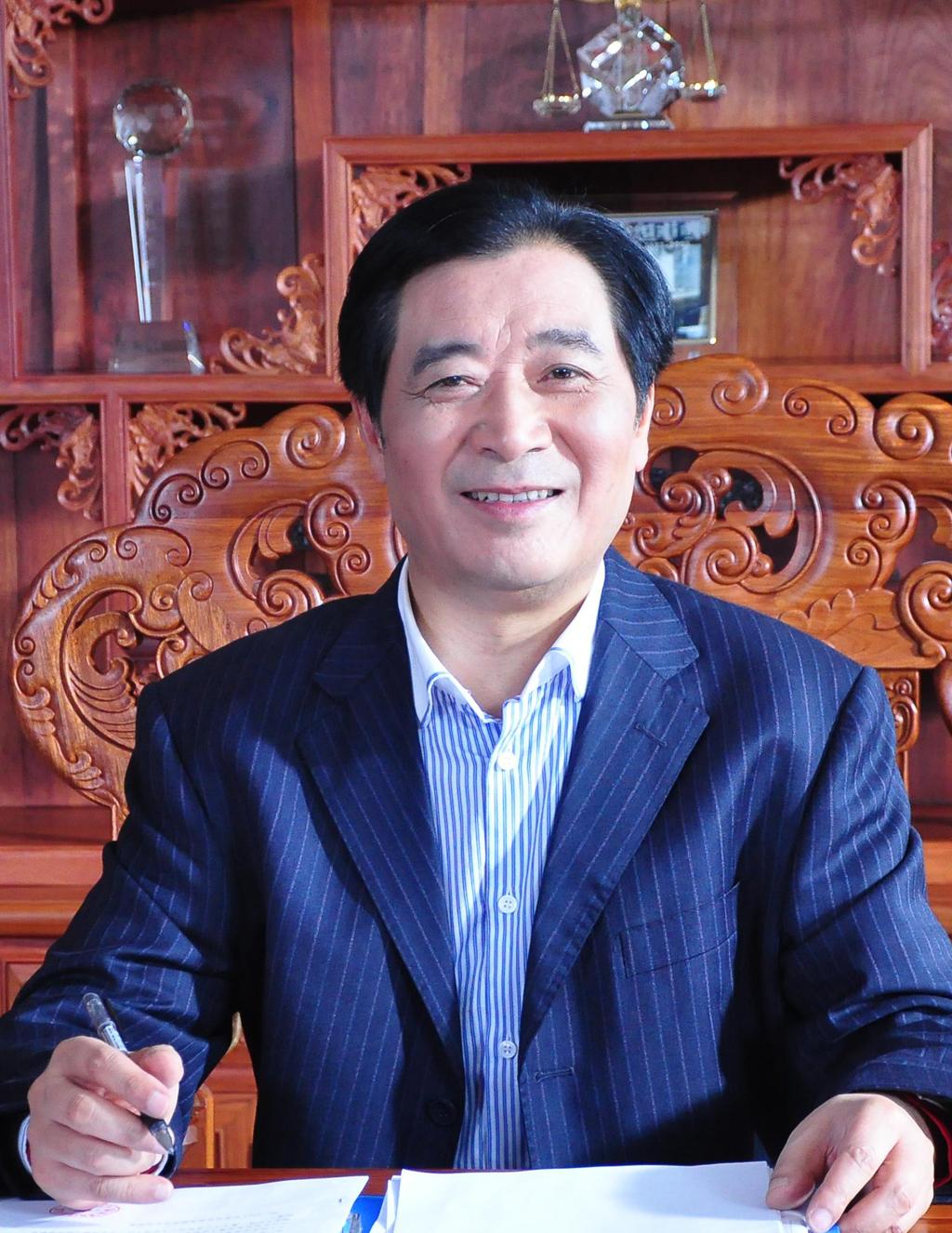安徽天康(集团)股份有限公司董事长兼总裁、党委书记  赵宽