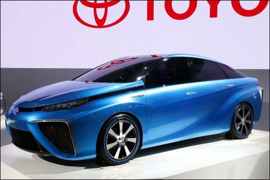 补燃料只花3分钟 氢燃料电池汽车来了