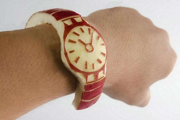 苹果Apple Watch未上市 已遭中国山寨产品围攻