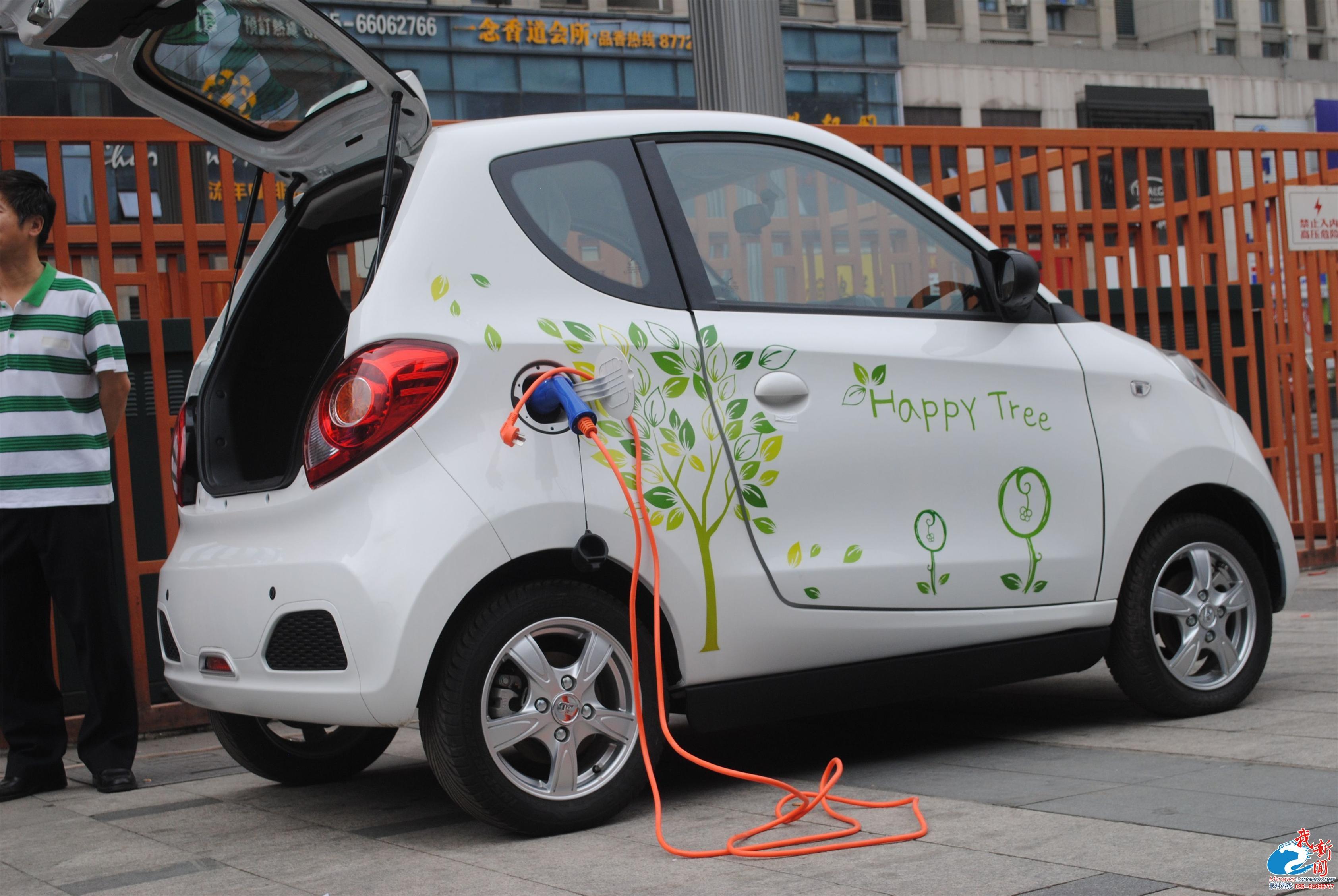 冲出低速电动车泛滥成灾窘境 知豆电动车的微模式