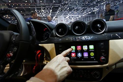 汽车自动驾驶之前 车联网将带给我们什么?