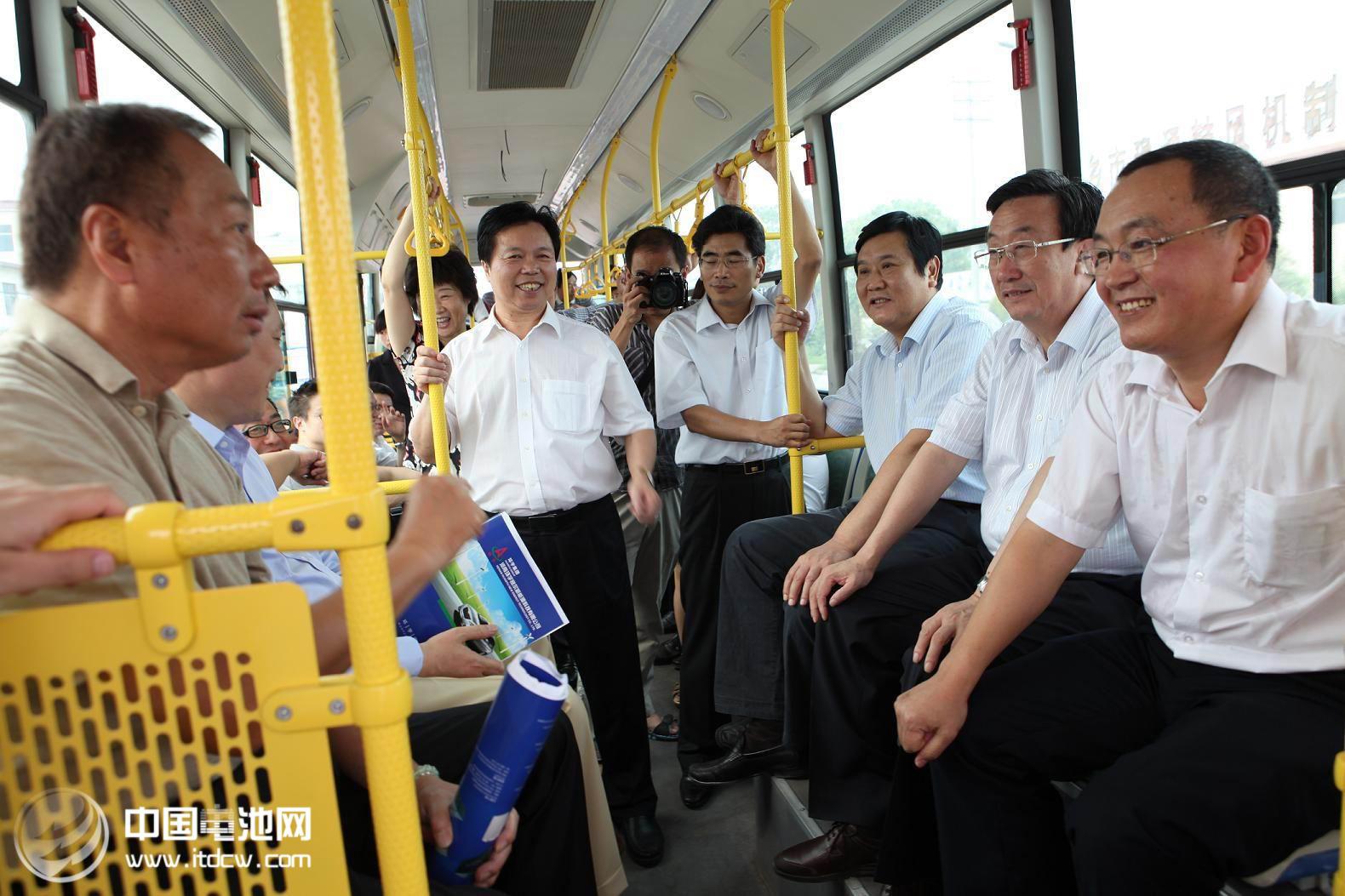 鸿海郭台铭准备造怎样的电动车台湾业内人士众说纷纭